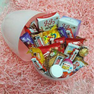 ביצת הפתעה ממתקים